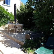 House With 4 Bedrooms in La Rochelle, With Enclosed Garden and Wifi - 2 km From the Beach