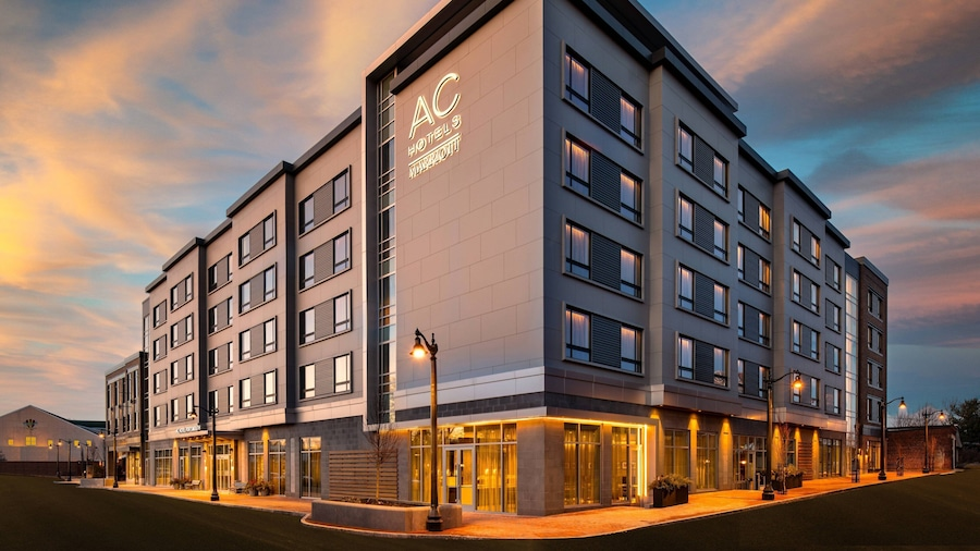 AC Hotel by Marriott Portsmouth