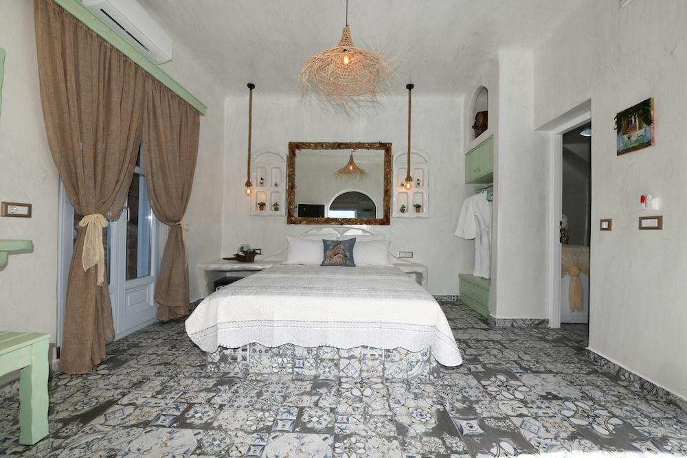 Room, Starlight Luxury Seaside Villa & Suites
