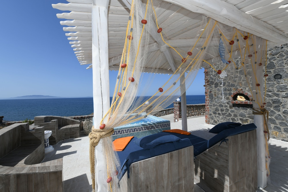 Gazebo, Starlight Luxury Seaside Villa & Suites
