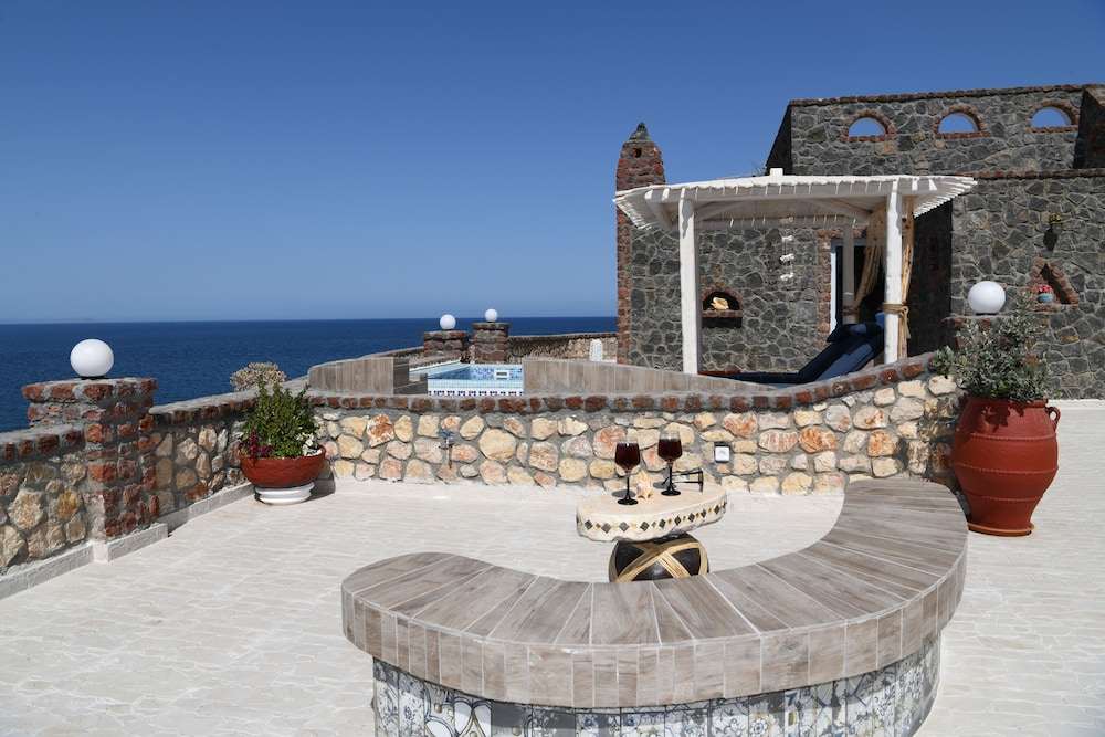 Terrace/Patio, Starlight Luxury Seaside Villa & Suites
