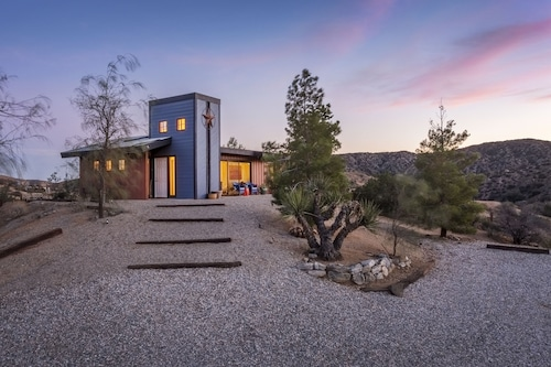 Morongo Star Ranch - Gem Hidden In the Hills Between Joshua Tree and Palm Spring