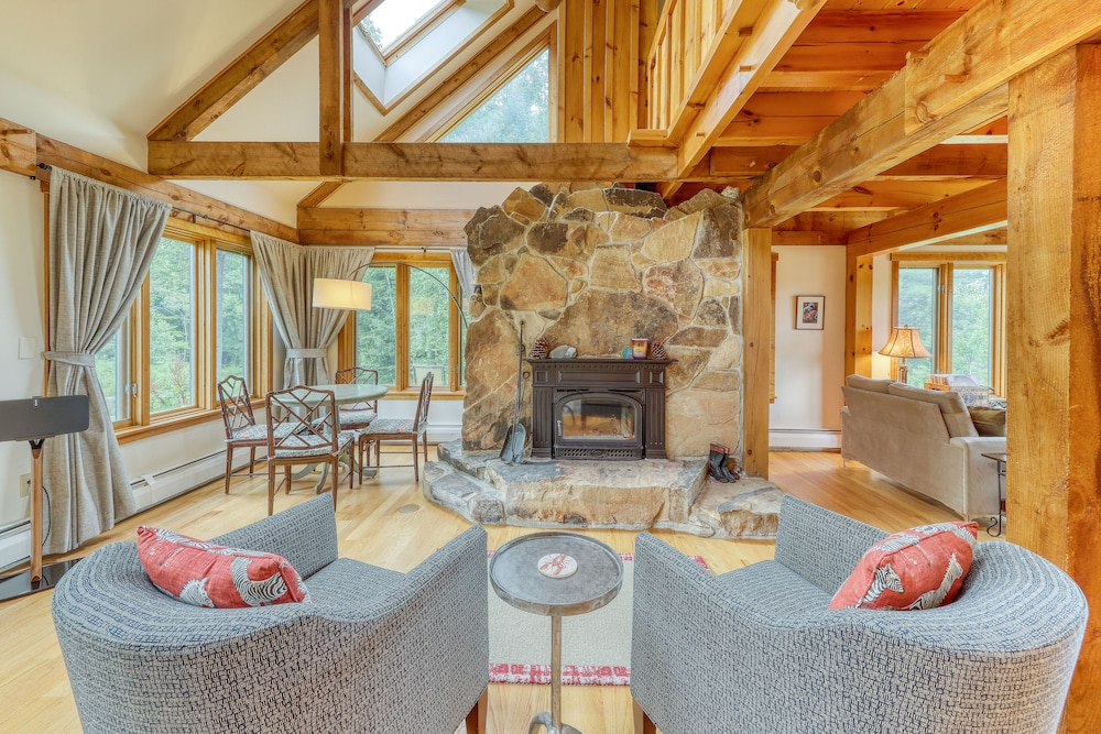 Living Room, Stunning Home w/ Moore Reservoir Views and Private Sunroom