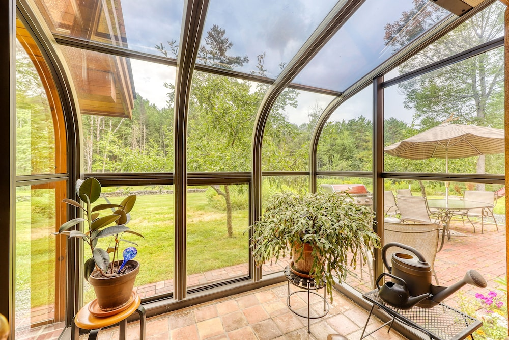 Balcony, Stunning Home w/ Moore Reservoir Views and Private Sunroom