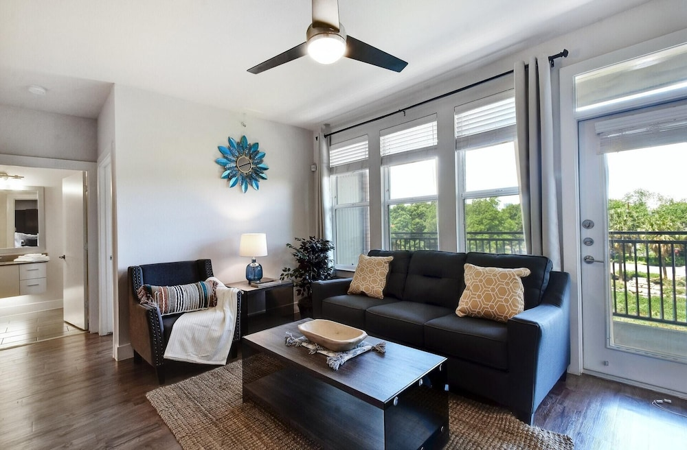 2br/2ba Wake UP TO THE SAN Antonio River! in San Antonio ...