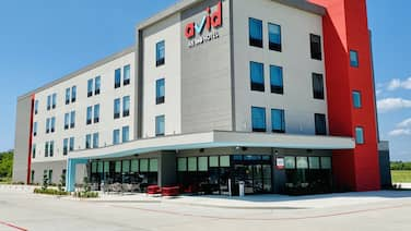 avid hotels Beaumont