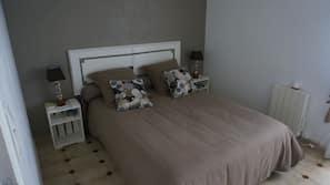 2 chambres, fer et planche à repasser