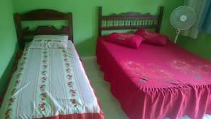 Ferros/tábuas de passar roupa, Wi-Fi de cortesia, roupa de cama