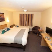 Hotel Castleford by Accor M62 J31