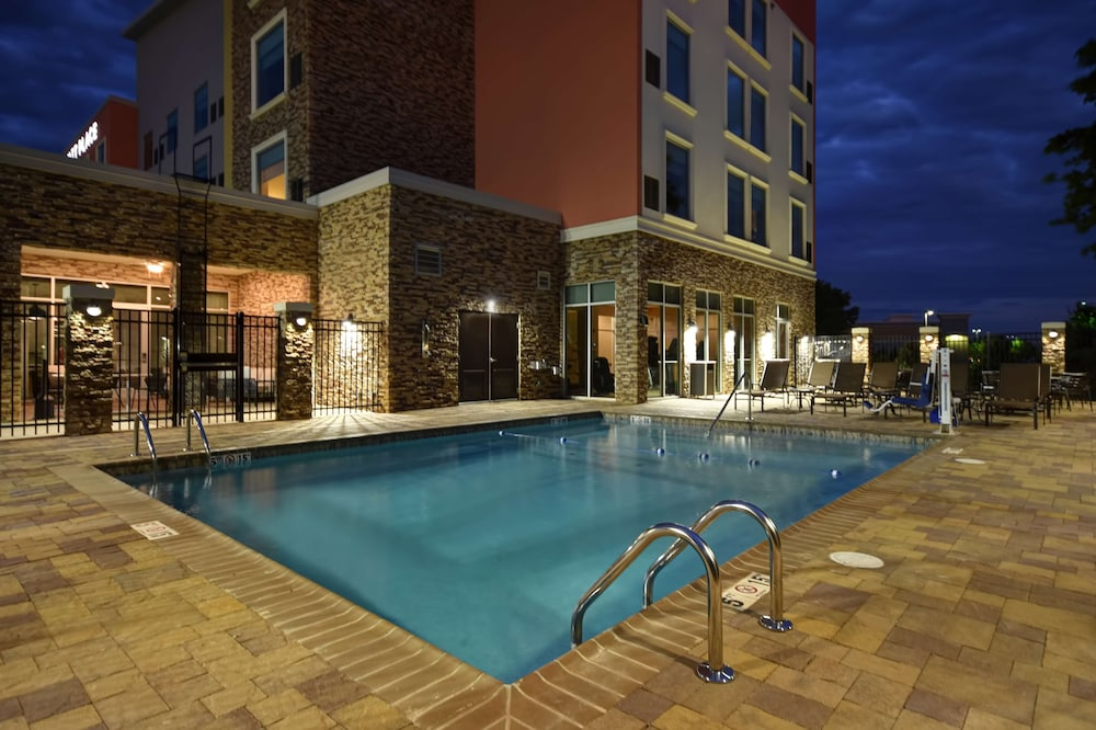 Pool, Hyatt Place Huntsville/Research Park