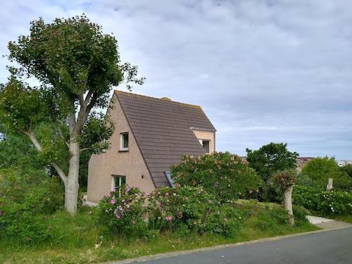 Holiday Home, 300mv Sea, Quiet / Green Location, 7pers + Baby, Wifi + Digitv, 3slaapks
