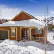 Ski-in/ski-out Spacious Mountain Home in the Heart of Granby Ranch!