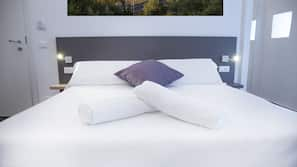 Soundproofing, cots/infant beds, free WiFi