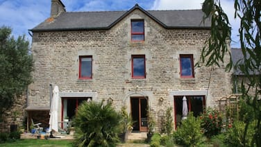 Self Catering accommodation in beautifully renovated French Farm House.
