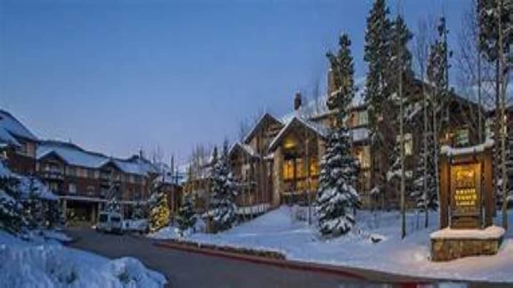 Exterior, Grand Timber Lodge, 4.5-star Resort in Breckenridge, CO