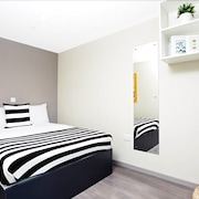 Modern Student-Only Ensuite Rooms in Wembley Park