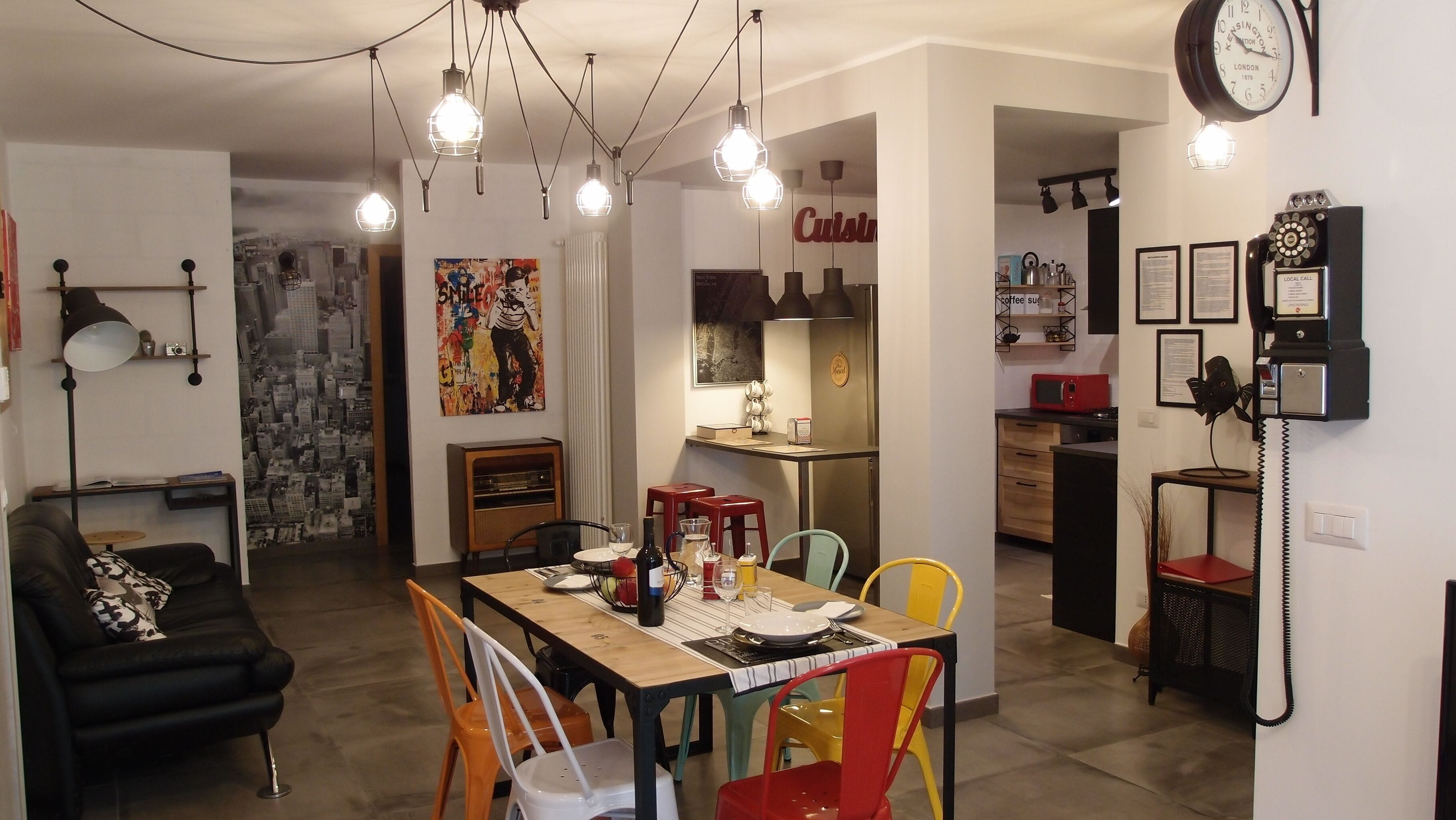 The Black dog House: All NEW Retro & Industrial Apartment