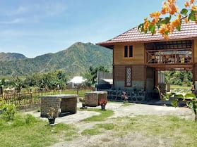 Bale Sembahulun Cottages & Tent
