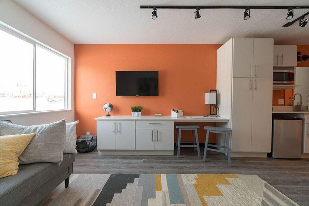 228 Spaces - Cedar Falls Micro-apartment: 2019 Room Prices