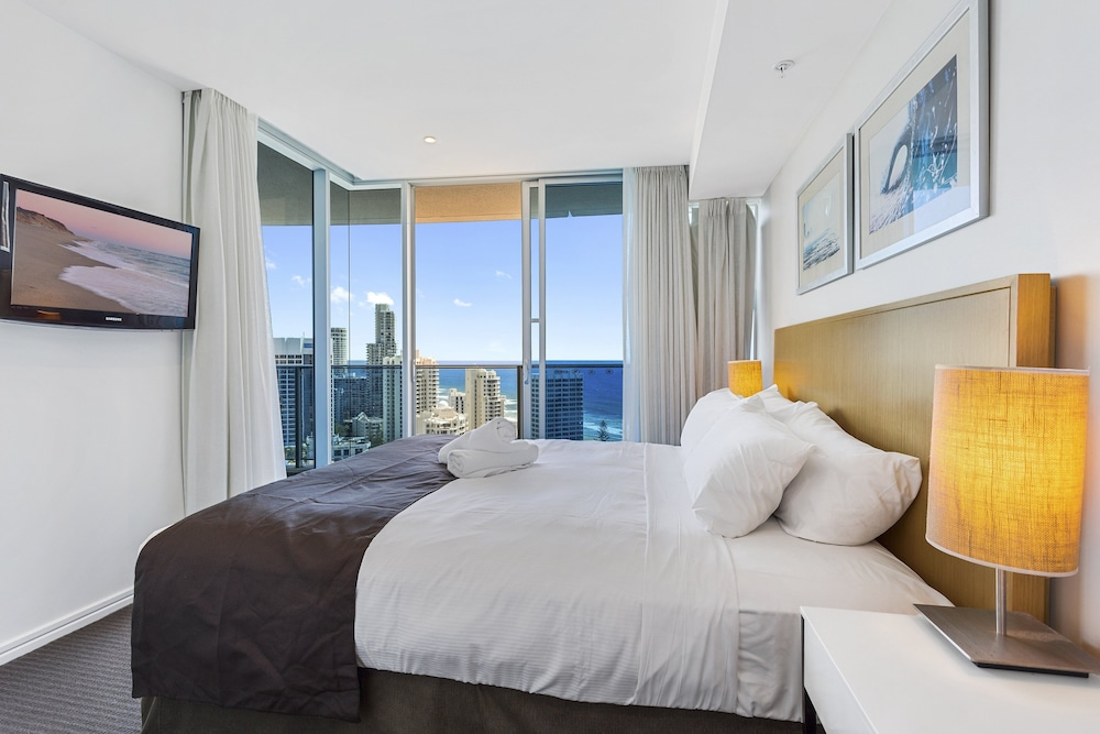 H Residences Level 16 Ocean View (Gold Coast) – 2019 Hotel