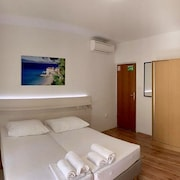 Brand new Room Situated on a Mediterranean Square With a Charming Restaurant