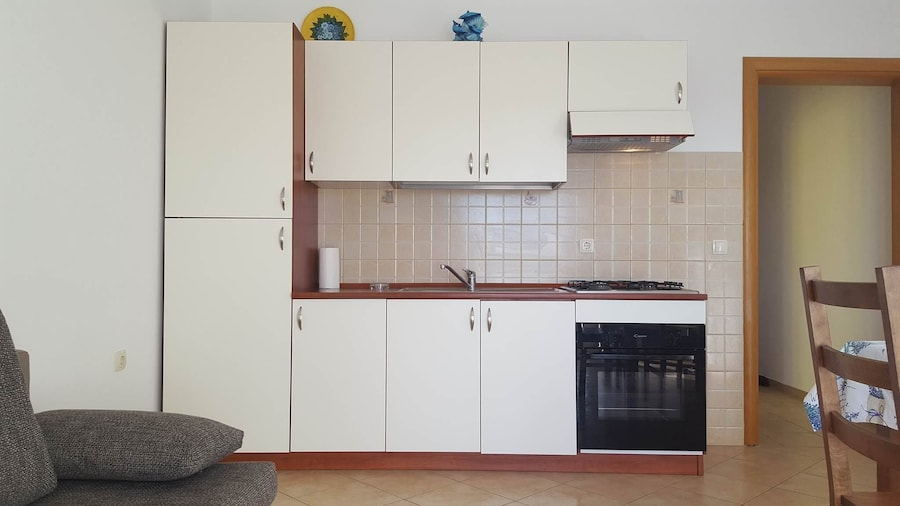 Apartments Luka