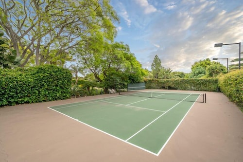Sport Court, Expansive and Modern Home With Pool and Tennis Court!