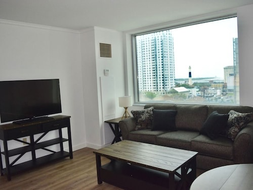 Atlantic City Boardwalk New 1BR Available