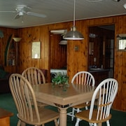 Quint Cottage on Beautiful Mullett Lake in Northern Michigan