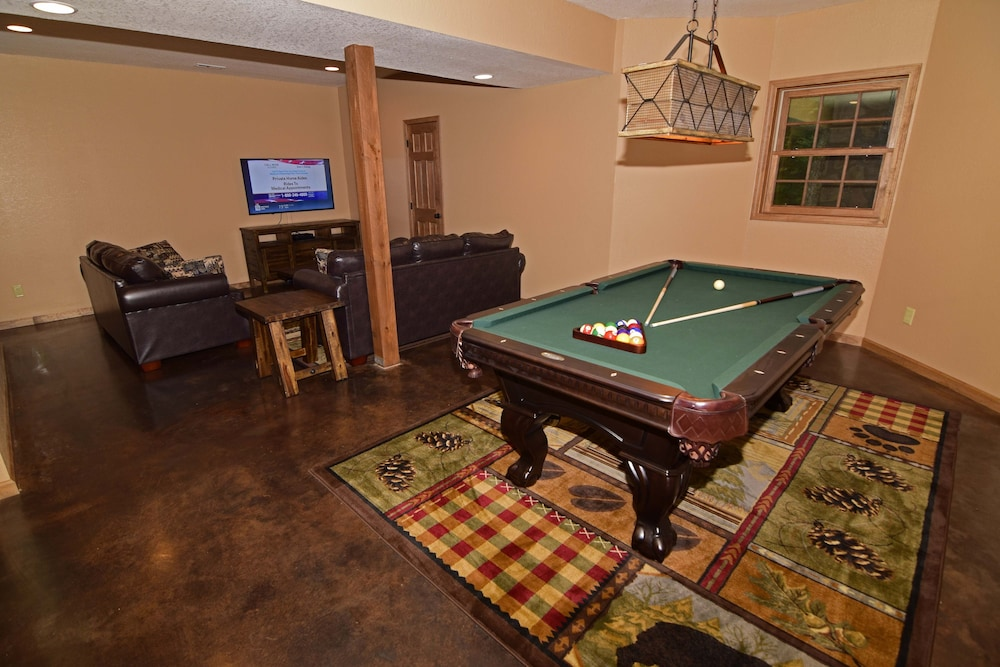 Game Room, 802 Oakmont Lodge - 4 Br Cabin
