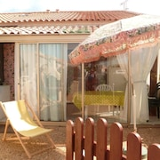 House With 2 Bedrooms in Gruissan, With Pool Access and Enclosed Garden - 400 km From the Beach