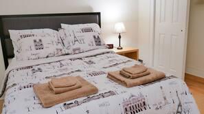 2 bedrooms, iron/ironing board, free WiFi