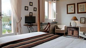 7 bedrooms, in-room safe, individually decorated, individually furnished