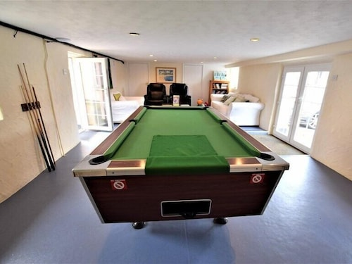 Game Room, Nanplough Country House and Cottages