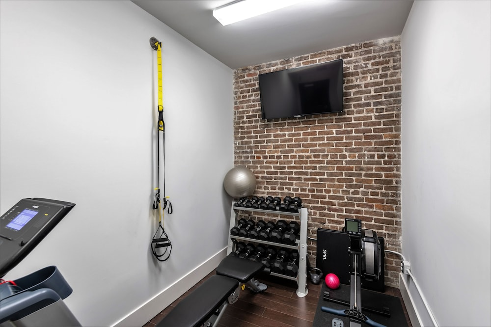 Fitness Facility, Motorworks by Sextant
