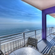 Oceanfront Penthouse - 4 Bedroom - 4 Bath