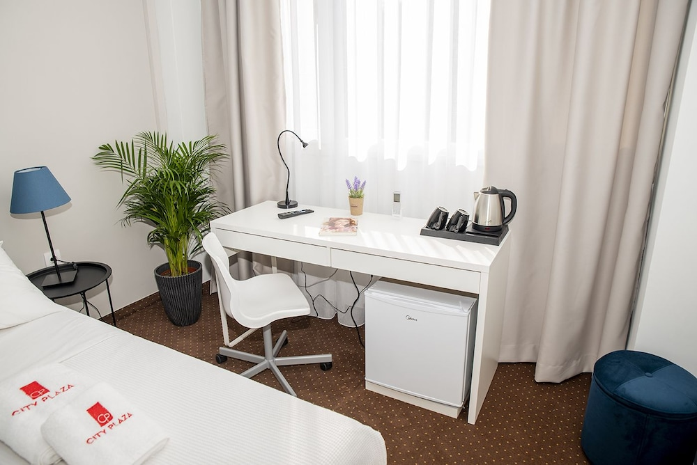Room Amenity, City Plaza Apartments & Rooms