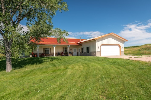 Secluded Handicapped Accessible 3 Bedroom Home Near Rapid City, SD
