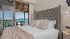 Premium bedding, Tempur-Pedic beds, in-room safe, soundproofing