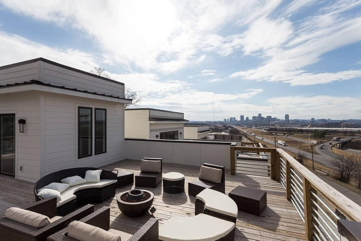Domio Cumberland Heights Two Stunning Modern Homes Rooftop Views In Nashville Tn Expedia