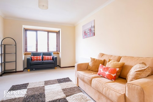 Primevenus House- Ideal for Families, Couples, Holiday Markers and Long Stayers