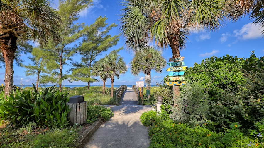 BeachTrail Lodging