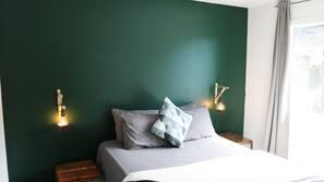 3 bedrooms, WiFi, linens