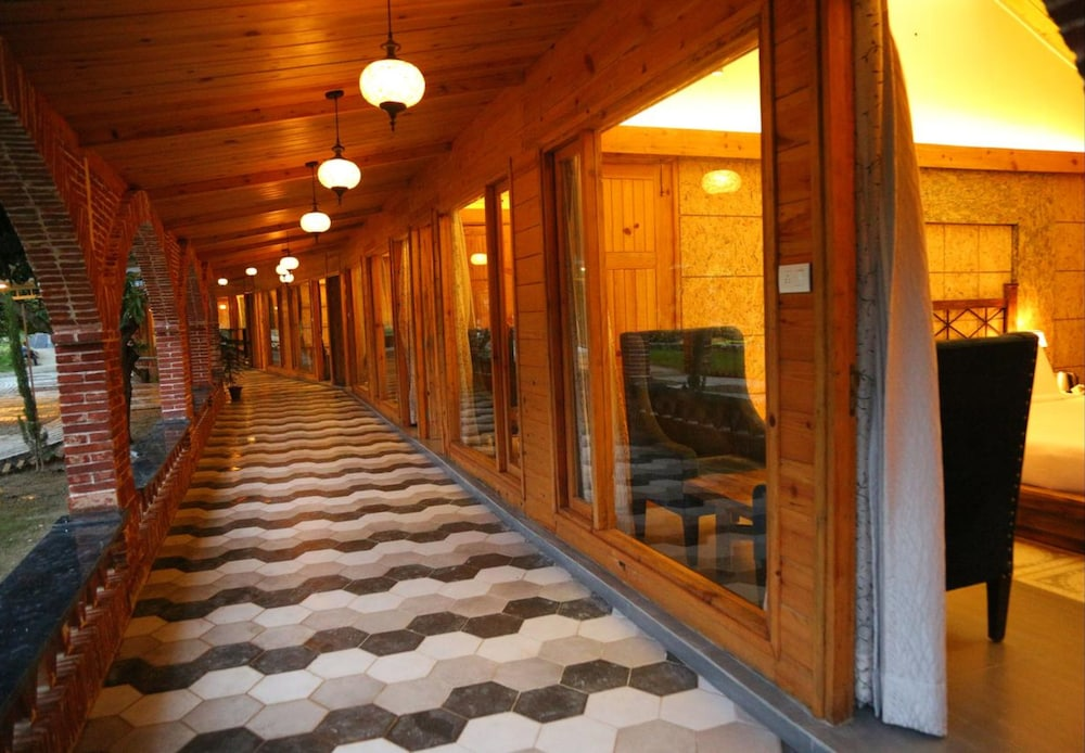 Hallway, The Sylvan Retreat