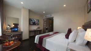 1 phòng ngủ, két bảo mật tại phòng, trang trí khác biệt, bàn