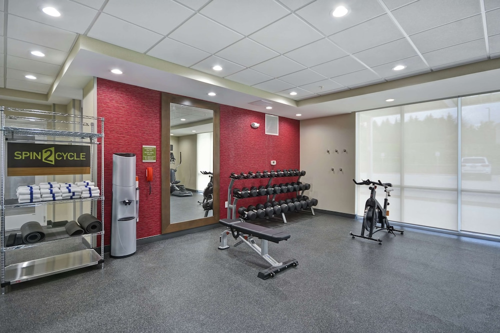 Fitness Facility, Home2 Suites by Hilton Grand Rapids North