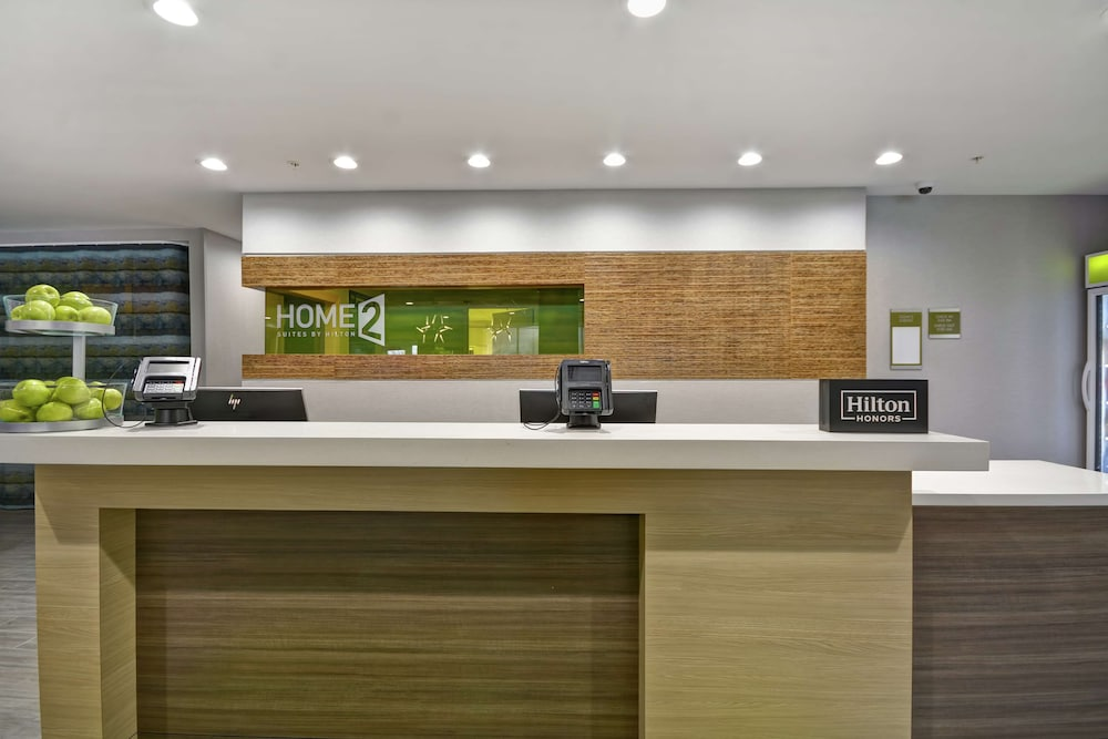 Reception, Home2 Suites by Hilton Grand Rapids North