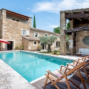 Authentic Provencal Farmhouse Grignan