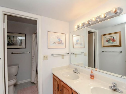 Bathroom, 3206 Round Robin Way - 3 Br Townhouse