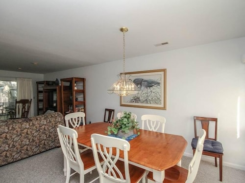 Private Kitchen, 3206 Round Robin Way - 3 Br Townhouse